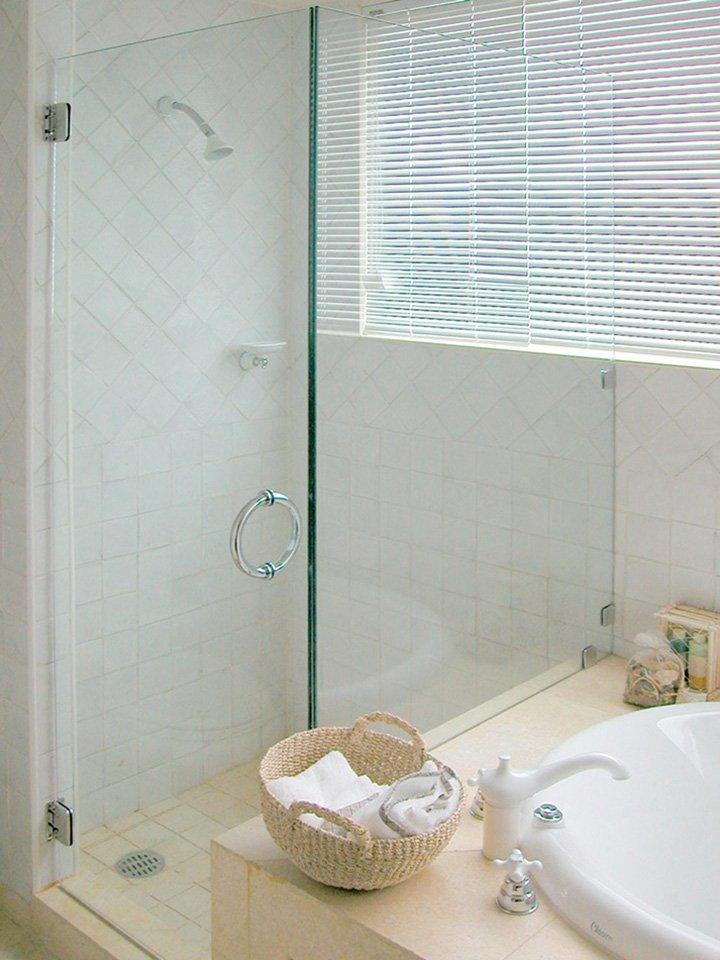 57500c831df Shower Enclosures - Heavy Glass - Contractors Wardrobe®